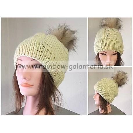 Pletená čiapka - osmička s kožušinovým brmbolcom