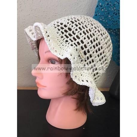 Letný háčkovaný klobúčik - biely