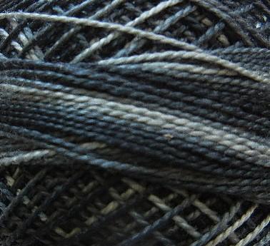 986 - čieno-šedý melír